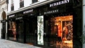Burberry'nin Paris aşkı‏!