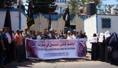 Gazze'de Arakanlı Müslümanlara destek gösterisi