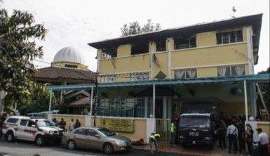Kuala Lumpur'da yatılı okulda yangın, 25 ölü