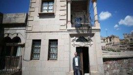 Mimar Sinan Müze Evi'nin gönüllü rehberi