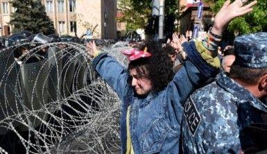 Ermenistan'da gerginlik tırmanıyor