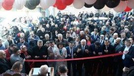 İstanbul'da yoğun katılımlı dernek açılışı