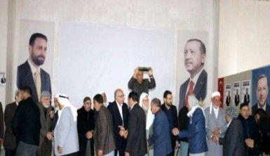 AK Parti Belediye Başkan adayı Nasıranlı, kan davalı aileleri barıştırdı