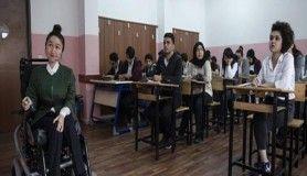 'Kasları eriyen' öğretmenin azmi öğrencilerine örnek oldu