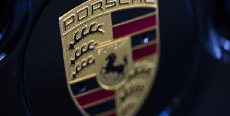 Porsche'ye baskın