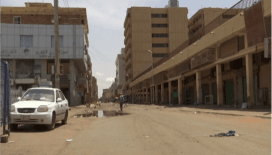 Sudan'da, protestoculara şiddet uygulayan askerler gözaltında