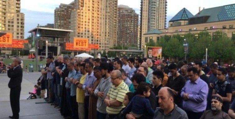 Mursi için Kanada'da gıyabi cenaze namazı
