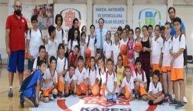 Balıkesir Karesi'de rekor sayıda öğrenci spor yapıyor