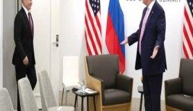 Putin ve Trump bir araya geldi
