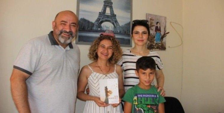 Baha Akıner'den buram buram aşk kokan ikinci kitap: Aşk'ım Başımdan Aşk'ın