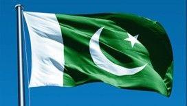 Pakistan'da tren kazası: En az 11 ölü