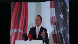 ABD'nin ilk Türk belediye başkanı İstanbul'da gazetecilerle bir araya geldi