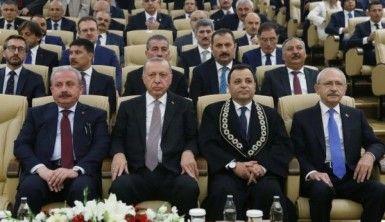 Cumhurbaşkanı Erdoğan AYM'de yemin törenine katıldı