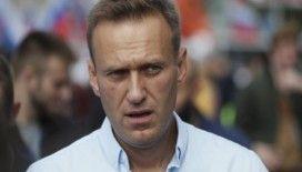 Muhalif lider Navalnıy, doktorunun itirazına rağmen taburcu edildi