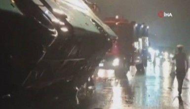 Yolcu otobüsü devrildi, 7 ölü, 11 yaralı