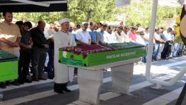 Kayseri'deki kazada hayatını kaybeden 3 kişi toprağa verildi