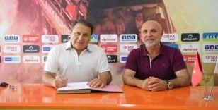Alanyaspor Bahçeşehir Okulları ile sözleşme yeniledi
