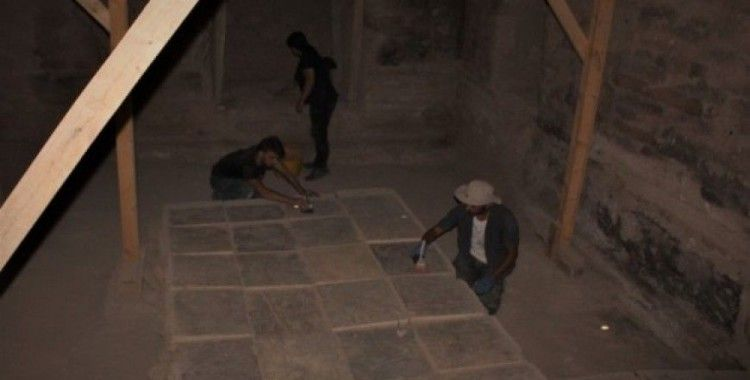 Ayanis Kalesi'nde gizemli bir oda bulundu