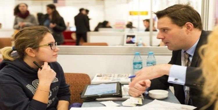 İngiltere'den yabancı öğrencilere 2 yıl iş arama izni