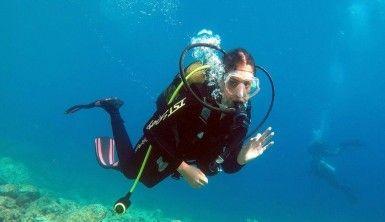 'Emekli uçak' dalgıçları Saros'a çekiyor
