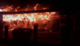 Fethiye'de ahşap restoran ve içindeki malzemeler tamamen yandı
