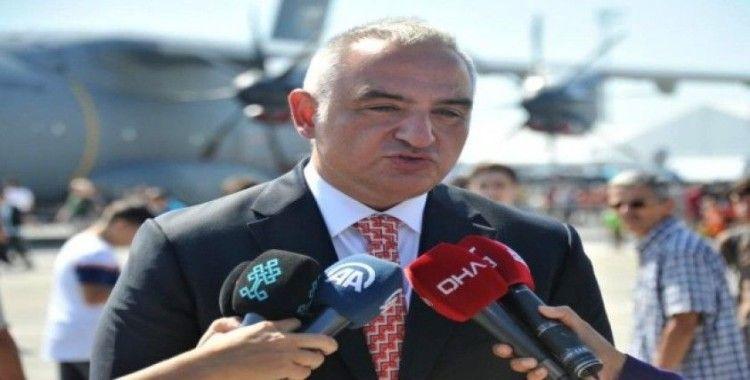 """Bakan Ersoy: """"Su-35 çok etkileyici"""""""