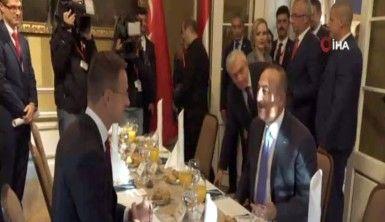 Bakan Çavuşoğlu, Macar mevkidaşı Szijjarto ile görüştü