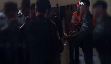 İsrail güçleri evinin yıkılmasına tepki gösteren Filistinli aileye saldırdı