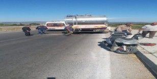 Motosiklet süt tankerine çarptı: 1 yaralı