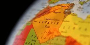 Cezayir'de bina çöktü: 2 ölü