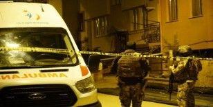 Teröristlerin cesetleri evden çıkarıldı