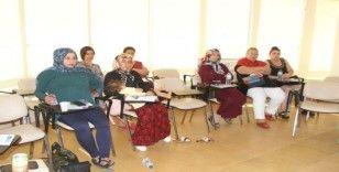 Alanya'da anne adayları bilinçli doğum yapacak