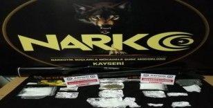 4 uyuşturucu taciri gözaltına alındı