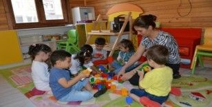Muradiyeli minikler Çocuk Sanat Merkezine akın etti