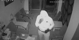Soğukkanlı hırsız güvenlik kamerasına yakalandı
