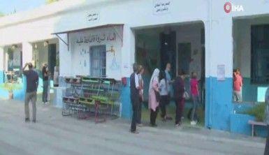 Tunus'ta iki parti zafer ilan etti