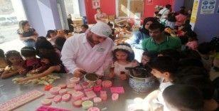 Mardin'de çocuklar 'suya sabuna' dokundu