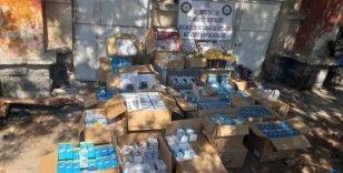 Tuhafiye giyim mağazasında kaçak kozmetik ürünleri ele geçirildi