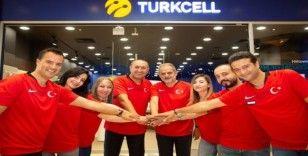 Turkcell çalışanları müşterilerine A Milli Takım forması giyerek hizmet verecek