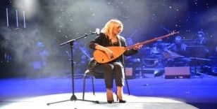 """Barış Pınarı Harekatı'na destek için türkü besteledi: """"Gör evlat"""""""