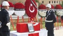 Roketli saldırıda şehit düşen siviller törenle memleketlerine uğurlandı