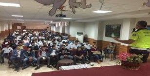 Antalya polisinden, liselere bilgilendirme semineri