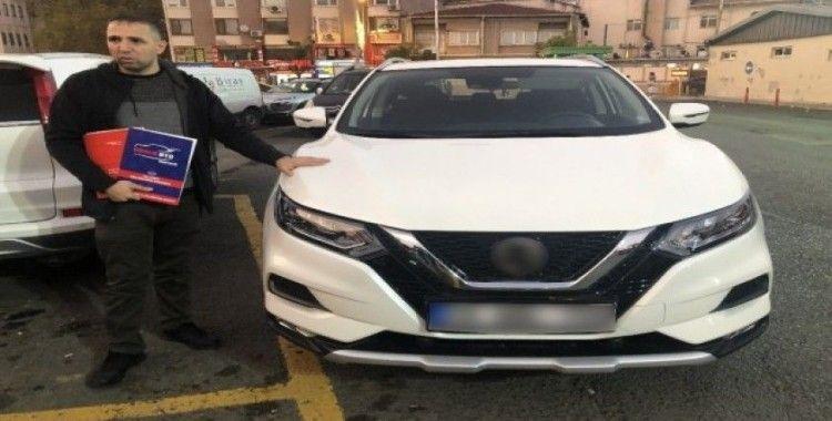 Sıfır aldığı aracın kaputu değiştirilmiş çıktı iddiası