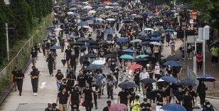 Hong Kong'da hafta sonu düzenlenen protestolarda 201 gözaltı