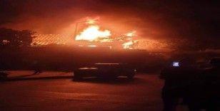 Mısır'daki tarihi kilise alev alev yandı