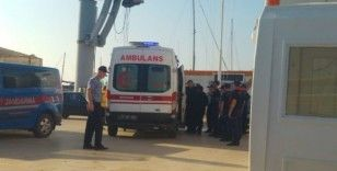 Tekne faciasında ölen çocuk sayısı 2'ye çıktı...3 aylık bebek kurtarılamadı