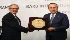 """Dışişleri Bakanı Çavuşoğlu: """"Haklı olduğumuz davamızı en iyi şekilde anlatmak için birleşmemiz lazım"""""""