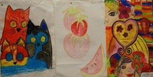 Özel çocuklardan resim sergisi