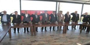 Rize'deki iş dünyası ve STK'lardan Barış Pınarı Harekatı'na asker selamlı destek