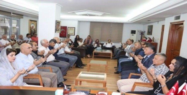 MHP Adana'da Bahçeli sevinci